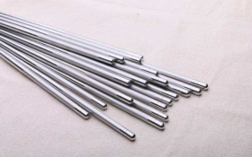 你知道竹筷子,不锈钢筷子和塑料筷子哪个好呢?